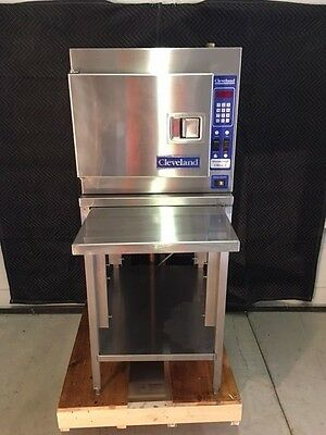 Cleveland Steamer W/ Stand Groen 3-Phase Beautiful Condition Accutemp