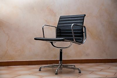 Charles Eames Vintage Black Leather Chair
