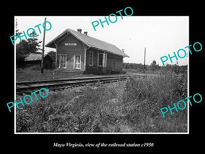 OLD LARGE HISTORIC PHOTO OF MAYO VIRGINIA, THE RAILROAD STATION c1950