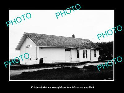 OLD LARGE HISTORIC PHOTO OF ERIE NORTH DAKOTA, THE RAILROAD STATION c1960