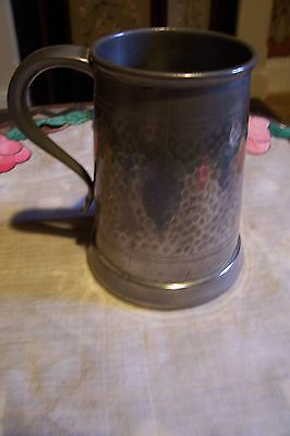 English Pewter hammered tankard, Ward, glass bottom bulldog design