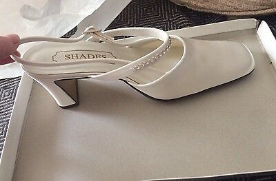 Ladies Satin Wedding Shoes, New In Box, Size 6