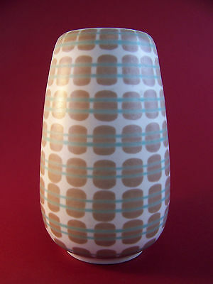A Poole 685 Freeform Vase by Alfred Read and Guy Sydenham c1954-1958