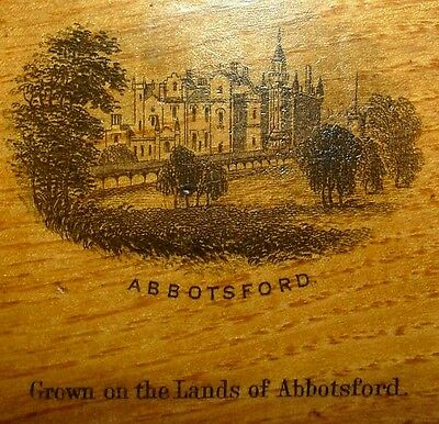 Abbotsford Scottish Borders: Mauchline Souvenir Ware Lined Jewellery Box