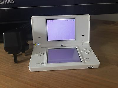 Nintendo DS Lite Polar White Handheld Games Console - Fully Working Tested