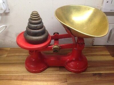 vintage kitchen scales with weights Retro Old Red