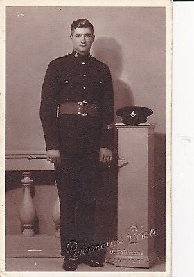 """WW1 """"   Studio photo of Handsome Middlesex Reg Soldier with cane  """" unused card"""