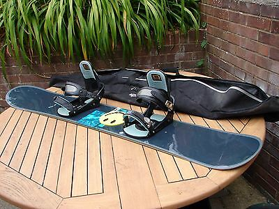 Burton Snowboard 160cm Model 63 3D Bindings & Carry Bag GSP