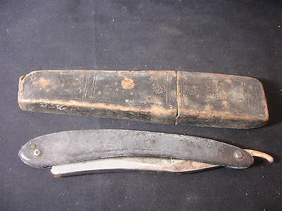 Old Vtg Collectible Wade & Butcher Sheffield Straight Razor With Box