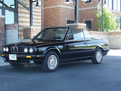 1992 BMW 3-Series  1992 BMW 325i Convertible