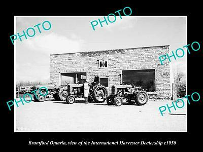 OLD HISTORIC PHOTO OF BRANTFORD ONTARIO, THE INTERNATIONAL HARVESTER STORE c1950