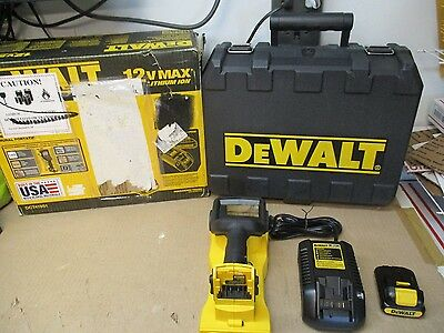 Dewalt Dct419S1 12V Max Hand Held Wall Scanner Kit Complete In Box Tested Works