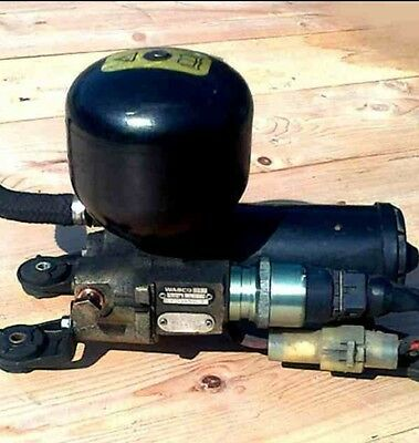 RANGE ROVER P38 ABS BOOSTER PUMP/ACCUMULATOR Of A 2001