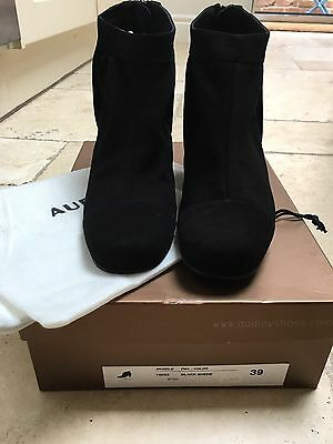 Audley Shoes Black Suede Leather Size 6 Block Heel
