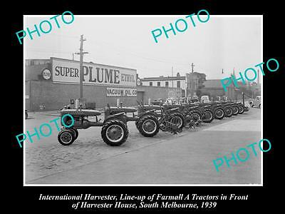 OLD HISTORIC PHOTO OF INTERNATIONAL HARVESTER FARMALL A TRACTOR LINE-UP c1939