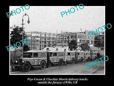 OLD LARGE HISTORIC PHOTO OF BRISTOL ENGLAND, FRYS CHOCOLATE DELIVERY CARS c1930s