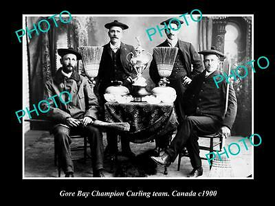 OLD LARGE HISTORIC PHOTO OF GORE BAY CANADA, THE CHAMPION CURLING TEAM c1900