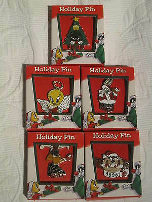 """Warner Brothers  Limited Edition 1996 """"collector Pins"""" Set Of Five [New]"""