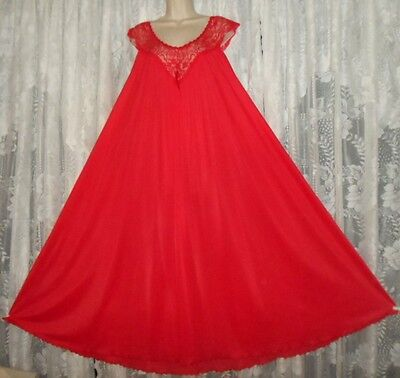 Vtg MISS ELAINE RED Silver Tag BUTTER SOFT Nightgown Negligee Gown L XL++