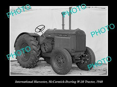 OLD HISTORIC PHOTO OF INTERNATIONAL HARVESTER McCORMICK DEERING TRACTOR W30 1941