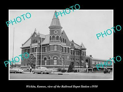 OLD LARGE HISTORIC PHOTO OF WICHITA KANSAS, THE RAILROAD DEPOT STATION c1950