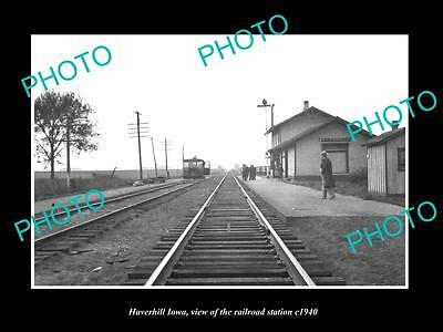 OLD LARGE HISTORIC PHOTO OF HAVERHILL IOWA, THE RAILROAD DEPOT STATION c1940