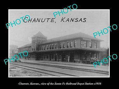 OLD LARGE HISTORIC PHOTO OF CHANUTE KANSAS, VIEW OF RAILROAD DEPOT STATION c1910