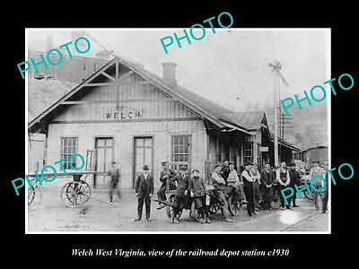 OLD LARGE HISTORIC PHOTO OF WELCH WEST VIRGINIA, THE RAILROAD STATION c1930