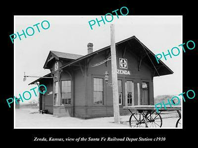 OLD LARGE HISTORIC PHOTO OF ZENDA KANSAS, THE RAILROAD DEPOT STATION c1930