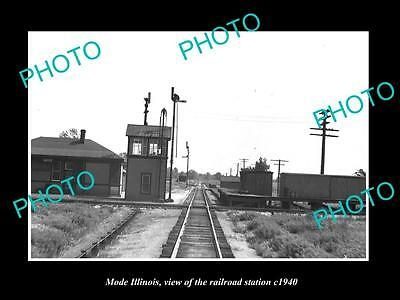 OLD LARGE HISTORIC PHOTO OF MODE ILLINOIS, THE RAILROAD DEPOT STATION c1940