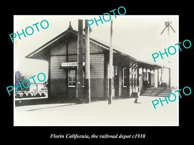 OLD LARGE HISTORIC PHOTO OF FLORIN CALIFORNIA, THE RAILROAD DEPOT STATION c1910