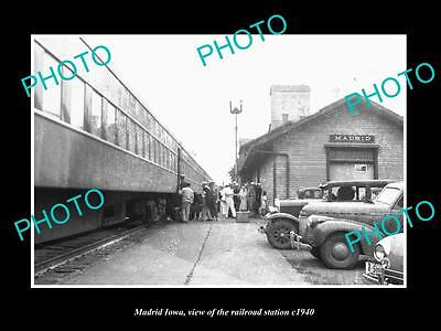 OLD LARGE HISTORIC PHOTO OF MADRID IOWA, THE RAILROAD DEPOT STATION c1940