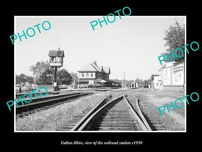 OLD LARGE HISTORIC PHOTO OF GALION OHIO, THE RAILROAD DEPOT STATION c1940
