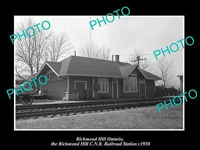 OLD HISTORIC PHOTO OF RICHMOND HILL ONTARIO CANADA, THE RAILWAY STATION c1950
