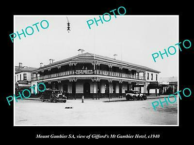 OLD LARGE HISTORIC PHOTO OF MOUNT GAMBIER SA, VIEW OF GIFFORDS HOTEL c1940