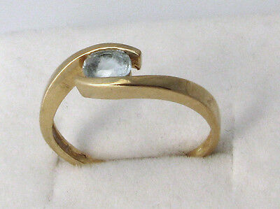 Bague or 18 K (=750) aigue-marine T;54