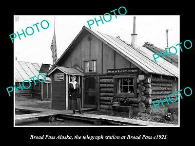 OLD LARGE HISTORIC PHOTO OF BROAD PASS ALASKA, VIEW OF TELEGRAPH STATION c1923