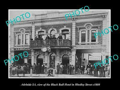 OLD LARGE HISTORIC PHOTO OF ADELAIDE SA, THE BLACK BULL HOTEL ON HINDLEY St 1880