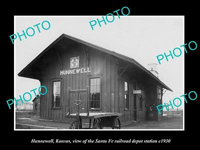 OLD LARGE HISTORIC PHOTO OF HUNNEWELL KANSAS, THE RAILROAD DEPOT STATION c1930