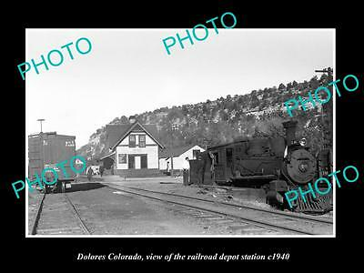 OLD LARGE HISTORIC PHOTO OF DOLORES COLORADO, THE RAILROAD DEPOT STATION c1940 1