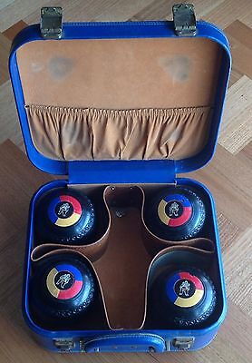 HENSELITE LAWN BOWLS. Size 5 Heavy. Includes Carrying Case