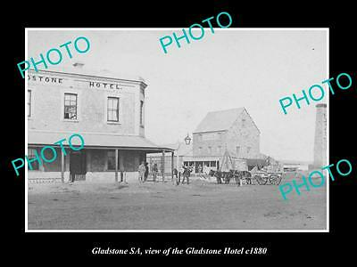 OLD LARGE HISTORIC PHOTO OF GLADSTONE SOUTH AUSTRALIA, THE TOWN HOTEL c1880