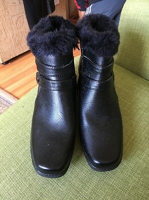 Black Ankle Boots Size 5 New By   Walk Easy. Side Zip