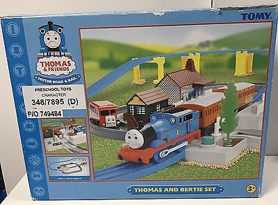 Tomy Trackmaster Thomas the Tank Engine Bertie Motor Road and Rail set Boxed 3+