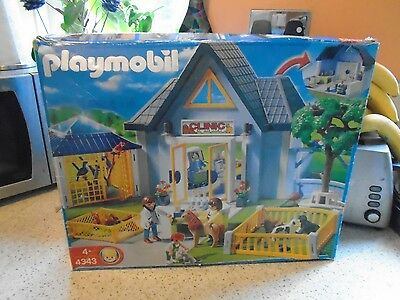 Playmobil 4343 Animal Clinic, Vets Surgery