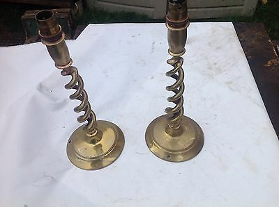 c1910 GOOD ANTIQUE EDWARDIAN OPEN BARLEYTWIST BRASS CANDLESTICKS - 10.25 inches