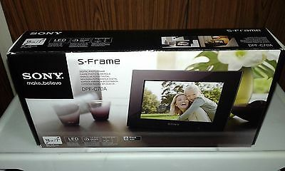 "Sony DPF-C70A 7"" Digital Picture Photo S - Frame"