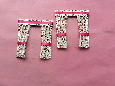 """2 red patterened dolls house curtains  3.5"""" X 4"""""""
