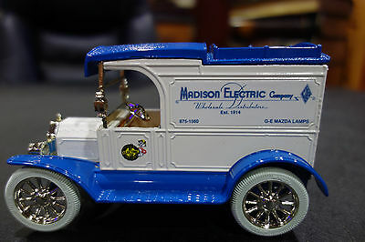 REDDY KILOWATT ERTL MODEL-T MADISON ELECTRIC DIE CAST Panel Delivery BANK
