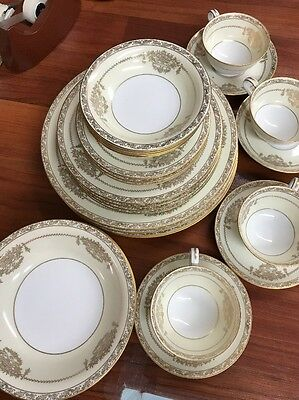 NORITAKE Bancroft Place Setting For 4 - 24 Pieces